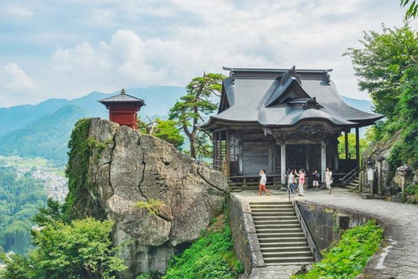 5 popular wish-making sites in the Tohoku region, Japan